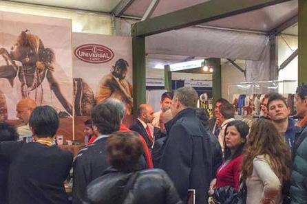 Universal si confronta con gli importatori internazionali, grande successo al Vinitaly