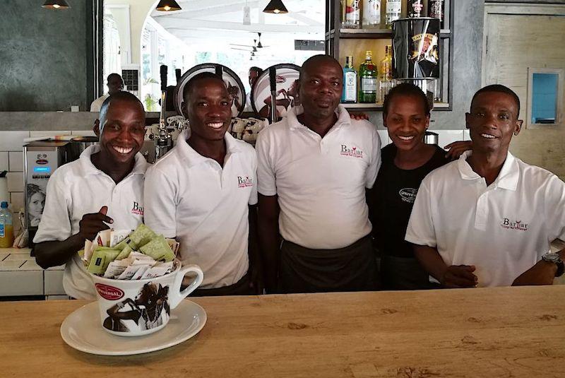 Il 'made in Abruzzo' conquista il Kenya, inaugurato il primo vero bar italiano: il caffè è Universal