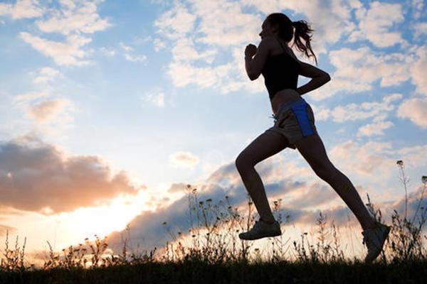 Un caffè prima dell'attività fisica aumenta resistenza e prestazioni